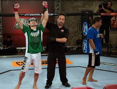 TUF Brasil: Rodrigo Damm vence John Macapá na segunda luta dos pesos-pena