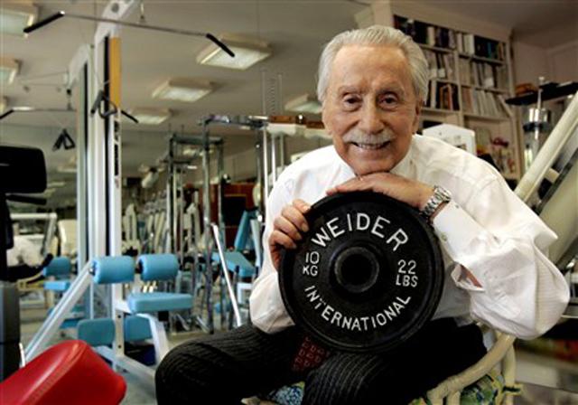 Morre Joe Weider, guru de Arnold Schwarzenegger