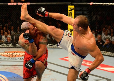 Resultado das Lutas do UFC 160