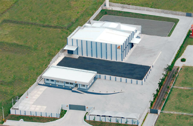 Fábrica da Max Titanium Suplementos